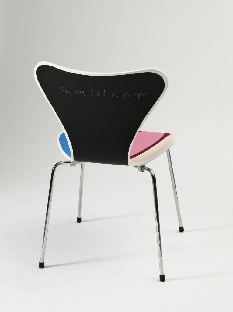 2008 bemalet 7′er stol : Kræftens Bekæmpelse Auktion2