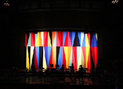 Stage_Curtain_Malene_Landgreen_Aalborg_Hallen_2012-1